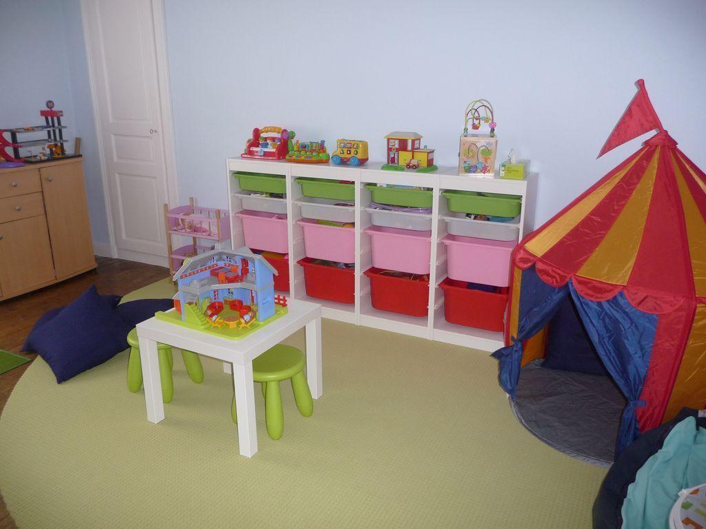 mon espace jeux. Black Bedroom Furniture Sets. Home Design Ideas